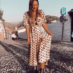POLKA DOT WRAP DRESS DETAILS ECRU